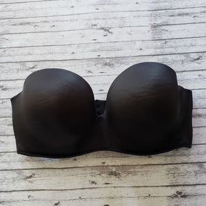 38F Cacique Smooth Boost Bra Black Strapless